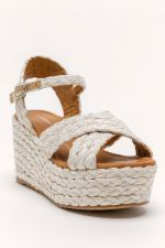 Report Vacay Wedges at francesca's