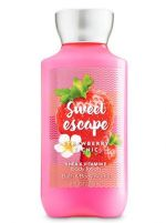 Signature Collection STRAWBERRY PICNIC Body Lotion at Bath & Body Works