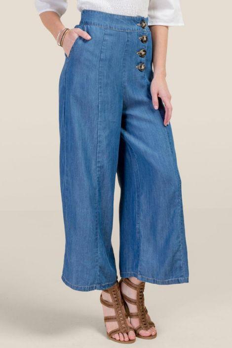 Olivia Wide Leg Cropped Jeans at francesca's