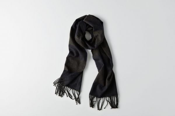 AEO PATTERNED WOVEN SCARF
